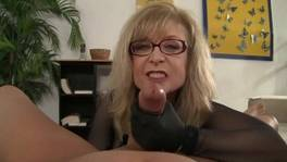 Hot mom wants some cum