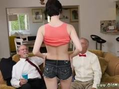 Milf anal threesome Frannkie heads down the