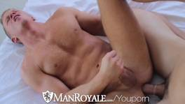 HD – ManRoyale Hot muscled guys get kinky in bed